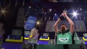 Melhor jogador de FIFA do mundo ganha prêmio de US$ 250 mil